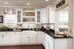 Waypoint Kitchen 650S Maple Linen 001